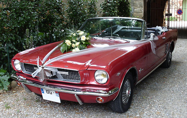 location mustang mariage id es voiture image. Black Bedroom Furniture Sets. Home Design Ideas